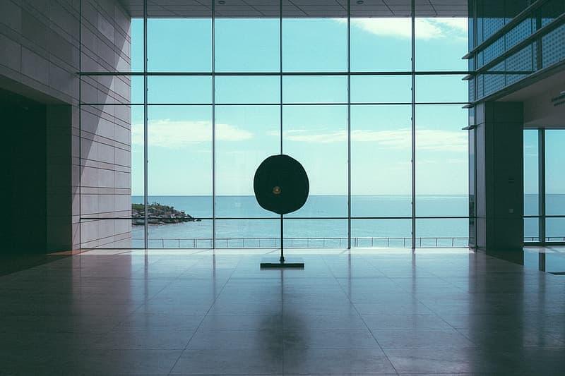 Mitkä asiat vaikuttavat tilan akustiikkaan? | Ideaali.fi