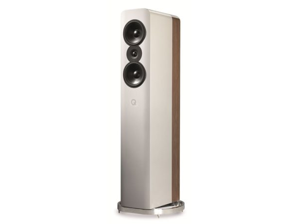 q-acoustics-concept-500-valkoinen-tammi