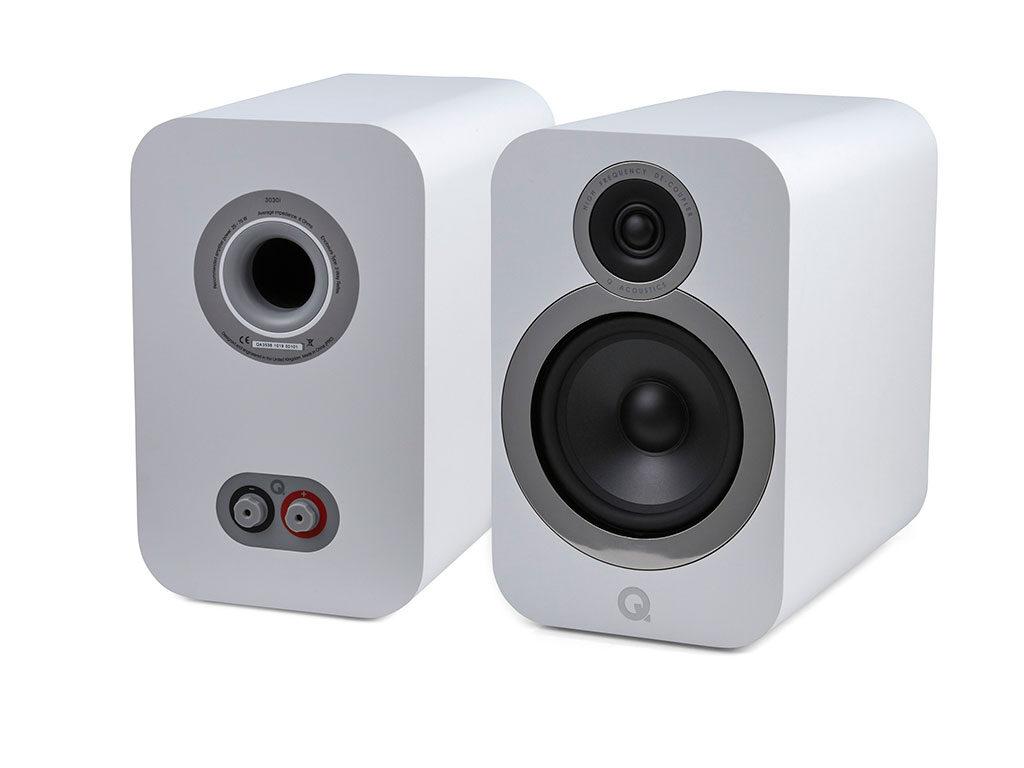 q-acoustivs-3030i-valkoinen
