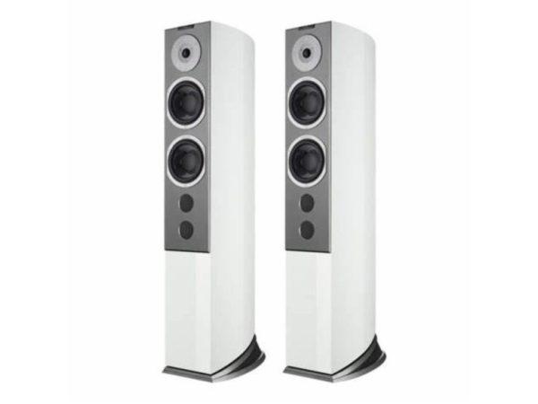 Audiovector-R6-Signature-lattiakaiuttimet